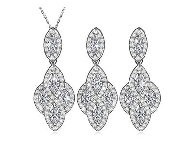 Dawanza - Schmuckset Damen Weiß Vergoldet Kristall - Modern Halskette mit Filigran Anhänger Kette Ohrringe