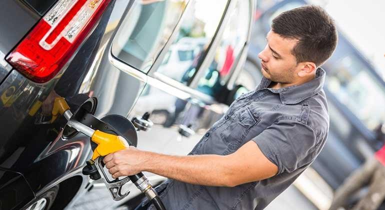 Günstig tanken mit Benzinpreis-Apps