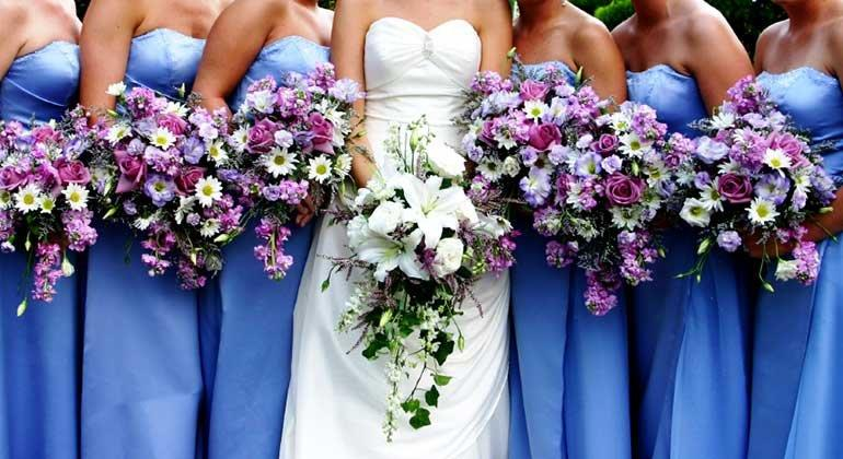 Schöne Brautjungfernkleider online bestellen